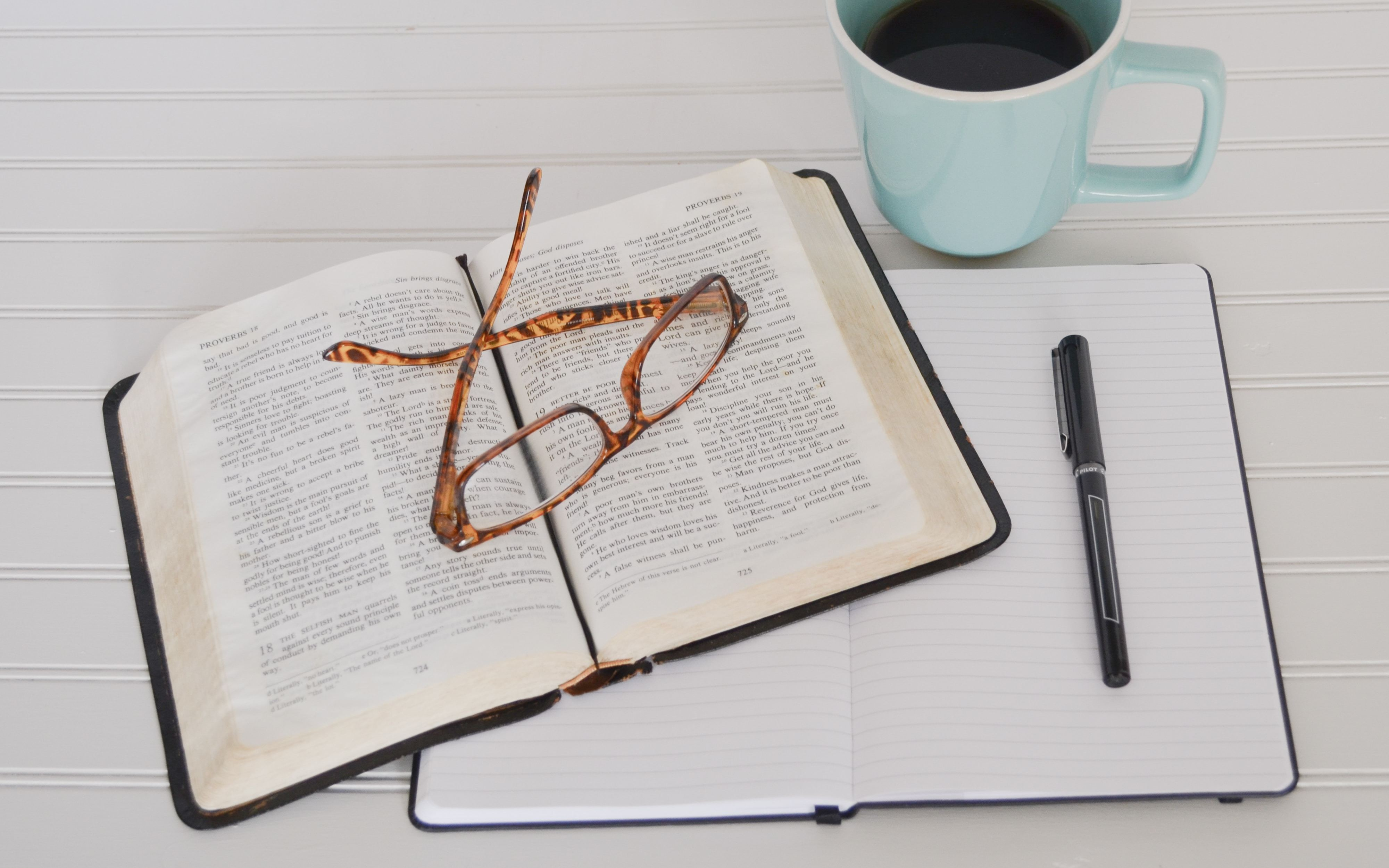 1 and 2 Thessalonians: An Inductive Bible Study (women only)