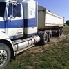 1995 Freightliner with 2007 Shepard steel chassis tipper