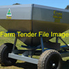 Spreader Tow behind PTO , 1 tonne