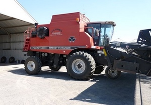 2000 Massey Ferguson 8780XP Header / Harvester For Sale