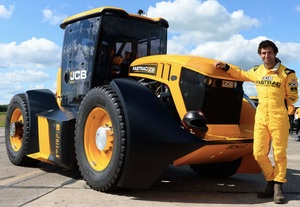 JCB has set a new Tractor speed record