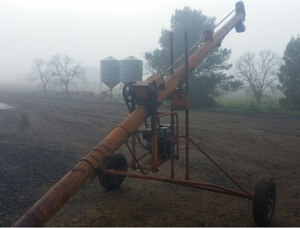 "Sherwell Auger 21ft x 7"" With 9 HP Briggs & Stratton Motor."
