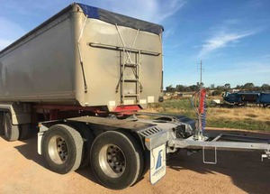 2007 Freightliner Agrosy with 19m Lusty B-Double Set