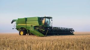Breakthrough Tech features on John Deere S700 Header