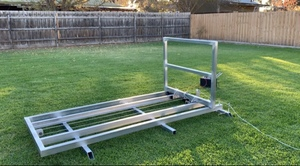 Ute/trailer mounted hay feeder