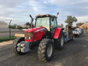 2011 Massey Ferguson 5455 Dyna 4 ## PRICE REDUCED ##