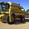 New Holland Tr 98 Harvester + Front