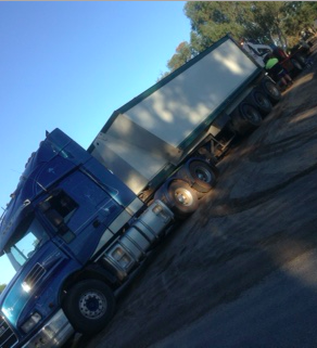 Tri Axel Tipper Cartage Service Available
