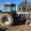 White Field Boss 2-105. Tractor