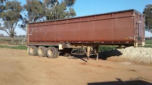 MOORE 32 TRI TOA ROAD TRAIN SEMI TIPPER TRAILER FOR SALE with Division