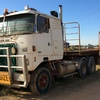 White Road Commander Truck and Freighter 44.6Ft Drop Dreck Trailer For Sale