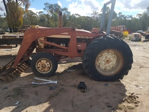 International 564 tractor with front end  loader