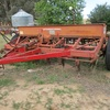 International 6-2 combine seeder 20 row  with trash undercarriage