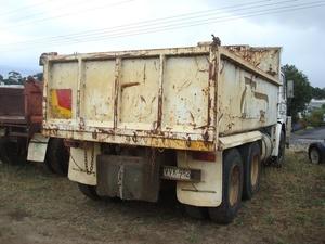 Scania P112H Tipper