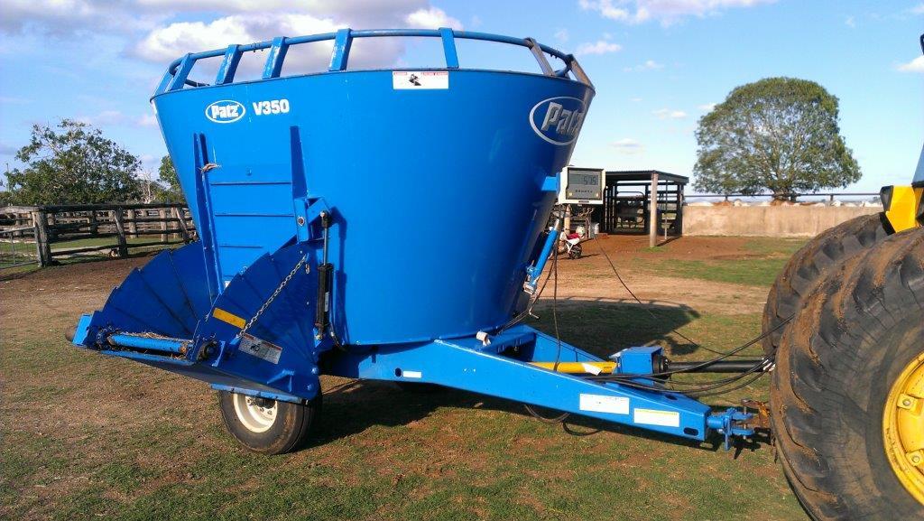 Patz 350V Vertical TMR Feed Mixer