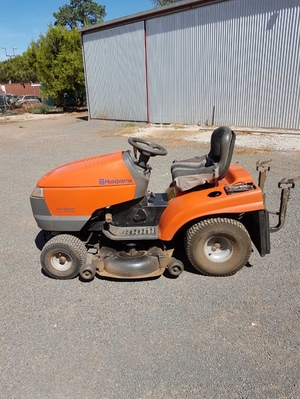 Husqvarna CTH180XP Ride on Lawnmower