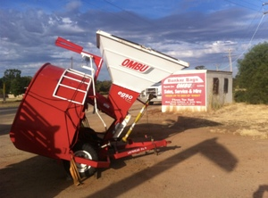 Grain Baggers & Bags also Rollup and Sweep unloader & Side Loader FOR HIRE OR SALE