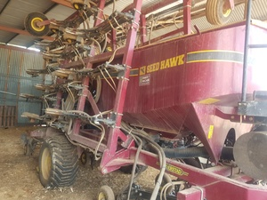 2016 Seed Hawk SH 810-30 Air Seeder