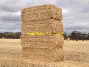 500/mt Header Trail Barley Straw For Sale Delivered to Darling Downs