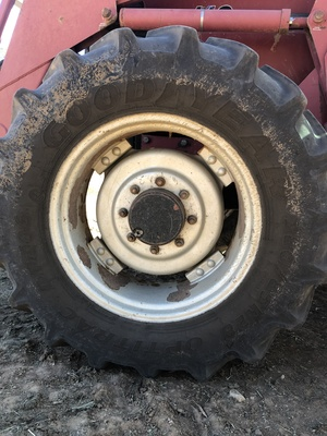 Wanting to buy front wheel rim for a case MX 110. 28inch to fit a 380/85R tyre