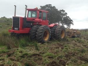 Versatile 900 Tractor