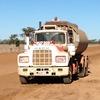 Mack r600 water truck
