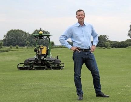 Résultats de recherche d'images pour «The future belongs to small self-driving tractors»