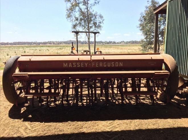 massey ferguson sunshine 500 combine machinery amp equipment rh farmtender com au Massey Ferguson Operators Manual Massey Ferguson Operators Manual