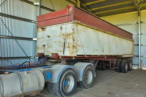 28ft White Weight Saver Tipper Trailer