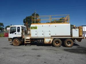 Isuzu Tandem Service Truck