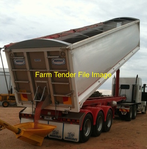 WANTED - 34ft+ Tri - Axle Chassis Tipper, In good condition, VIC rego.