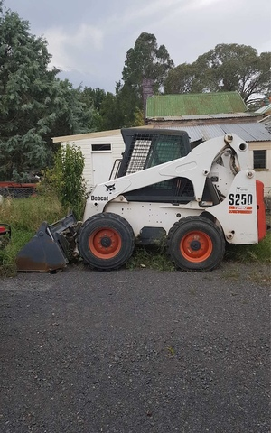 2004 S250 Turbo Bobcat