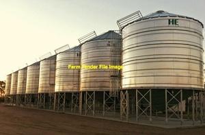 50-100 m/t Silo's For 250-300 m/t Storage Capacity.