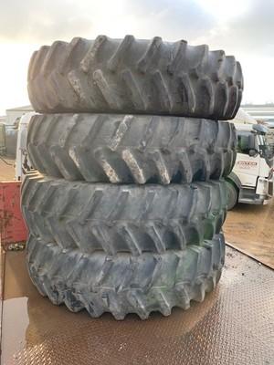 4x 18.4R42 tyres on rims