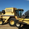 NEW HOLLAND TR89 Header