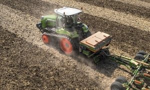 Global release of New Fendt Track Tractors