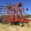 Bourgault 8810 Airseeder with flexicoil cart and liquid kit