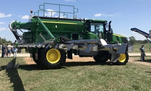 John Deere introduces new Air Boom for dry fertiliser in the US
