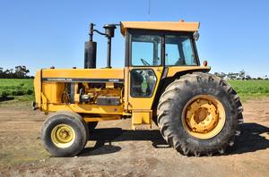 Chamberlin 4080 Tractor