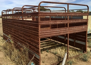 Cattle Stock Crate 4.8m x 2.3m