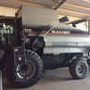 Gleaner R75 Header with 39ft Honeybee front