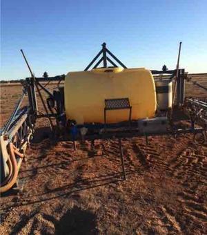 24m Hayes 3PL Boom Spray 1500Ltr Tank