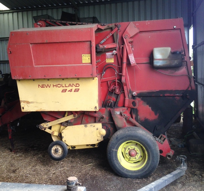New Holland 848 Round Baler For Sale