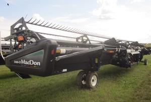 2011 45ft Macdon D60D Header Front ex Canada