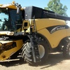 ### Reduced Price ### CR960 New Holland Header & 36ft Honeybee Front On Trailer.Terms Available.