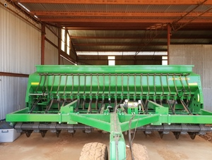 John Deere 1590 Disc Seeder  2017 model