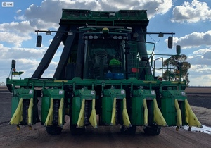 John Deere 7760 Cotton Picker