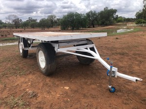 Heavy Duty Farm Trailer 15ft * 7ft tray 4 Single 10.00 R 20 Truck Tyres