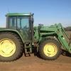 2001 JOHN DEERE TRACTOR 6410