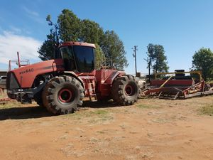 Case iH STX 440 and Bagshaw Bucket